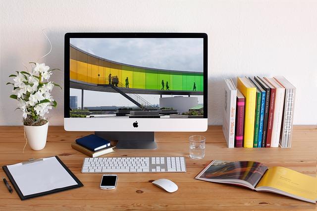 מחשב נייד או מחשב נייח