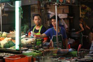 שוק אוכל בתאילנד