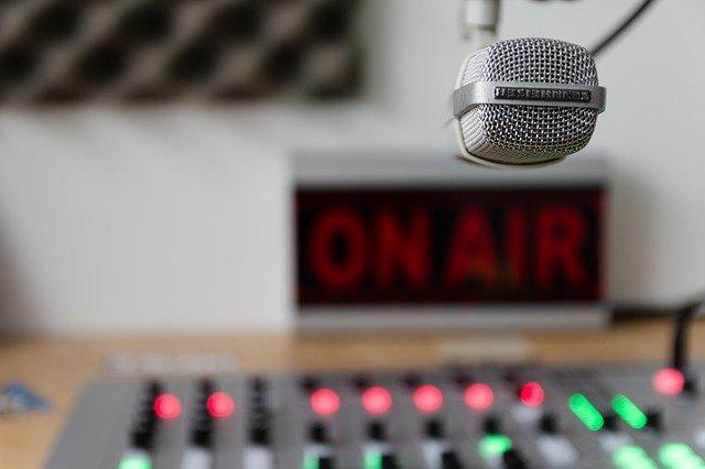 """ההיסטוריה של רדיו גלגל""""צ"""