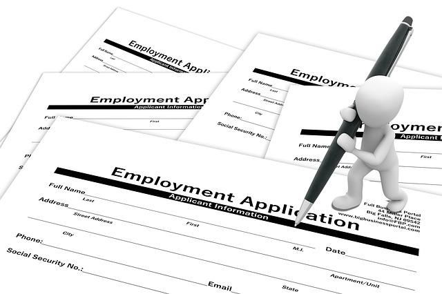 """האם אפשר לעבוד בחו""""ל ללא ניסיון תעסוקתי קודם?"""