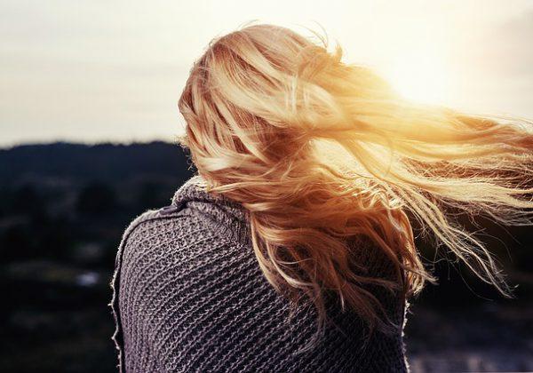 כך תשמרי על שיער בוהק ובריא